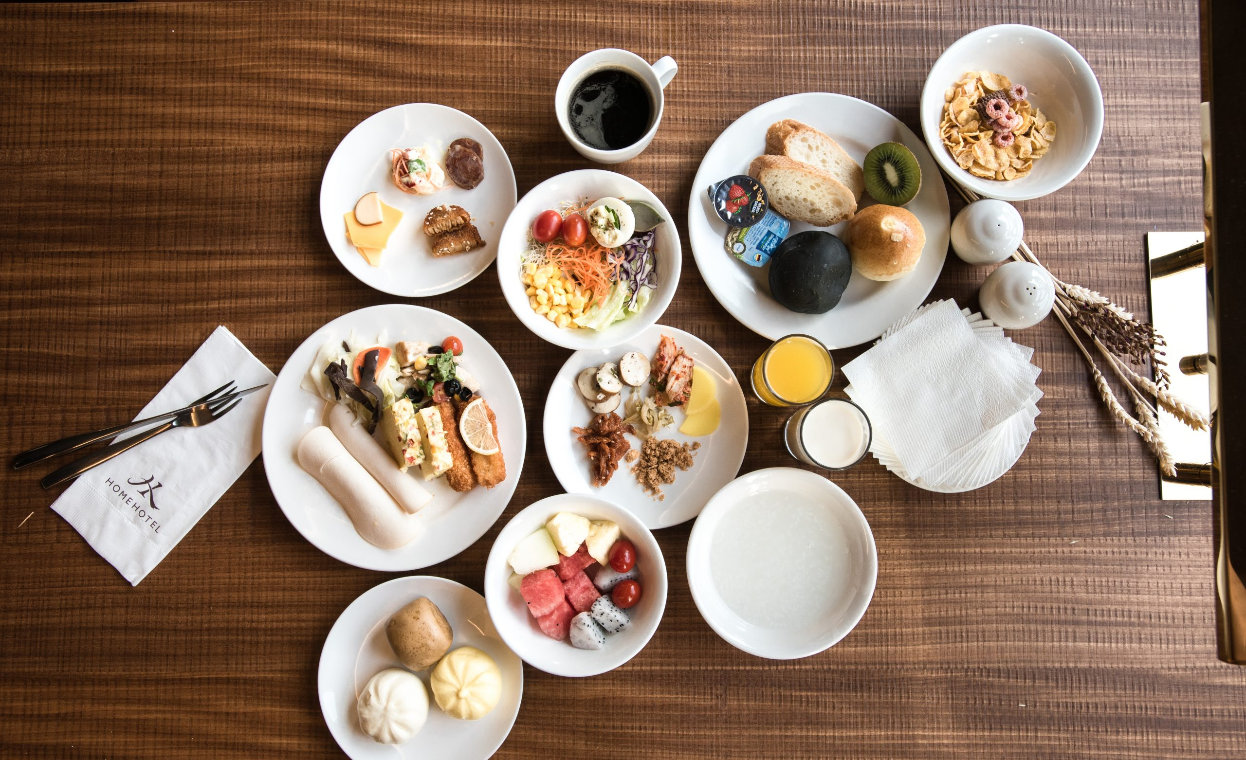 Home Hotel starts to serve Breakfast Set on March 16(Mon)